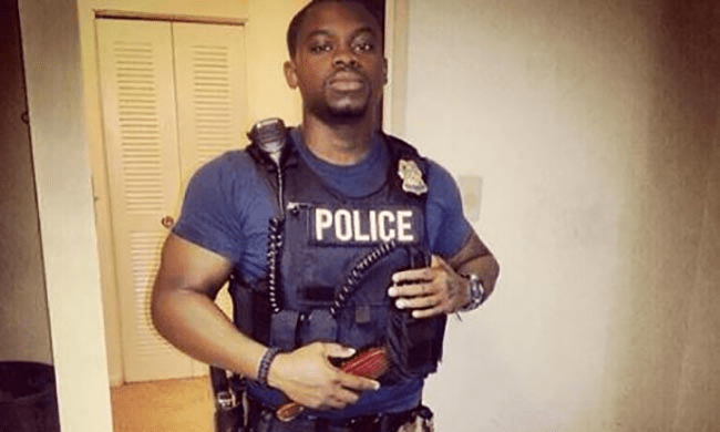 "Black Police Officer Challenges ""Black Lives Matter"""