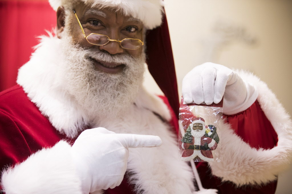 A Christmas Story: Santa Claus Ain't Coming To The Ghetto! By Harold Bell
