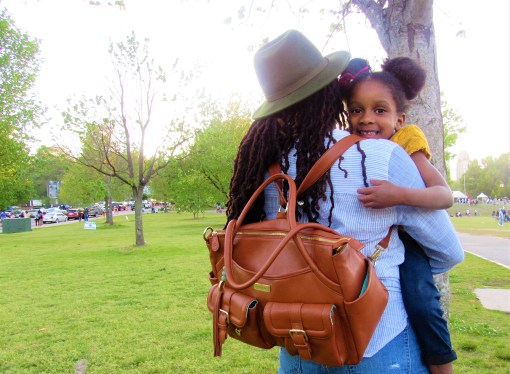 Mother's Day Gift Guide + Lily Jade Bag Giveaway