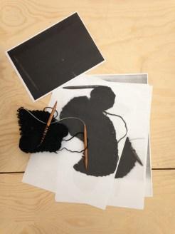 """PERFORMING the Black Mountain ARCHIVE, Muthesius Kunsthochschule Kiel (Typographie), in der Ausstellung """"Black Mountain. Ein interdisziplinäres Experiment 1933-57"""", Hamburger Bahnhof - Museum für Gegenwart - Berlin. Courtesy: Tobias Herber"""