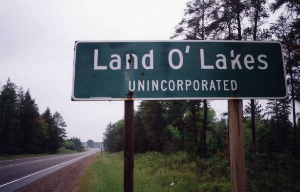 Land O' Lakes sign