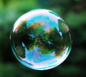 835132-bubble