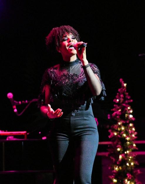 Demetria McKinney @ Fantasia's Christmas after Midnight Tour @ DPAC