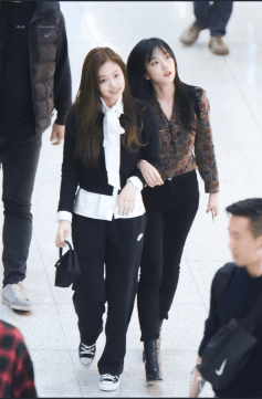 BLACKPINK Jisoo Bangs and Jennie Airport Jensoo