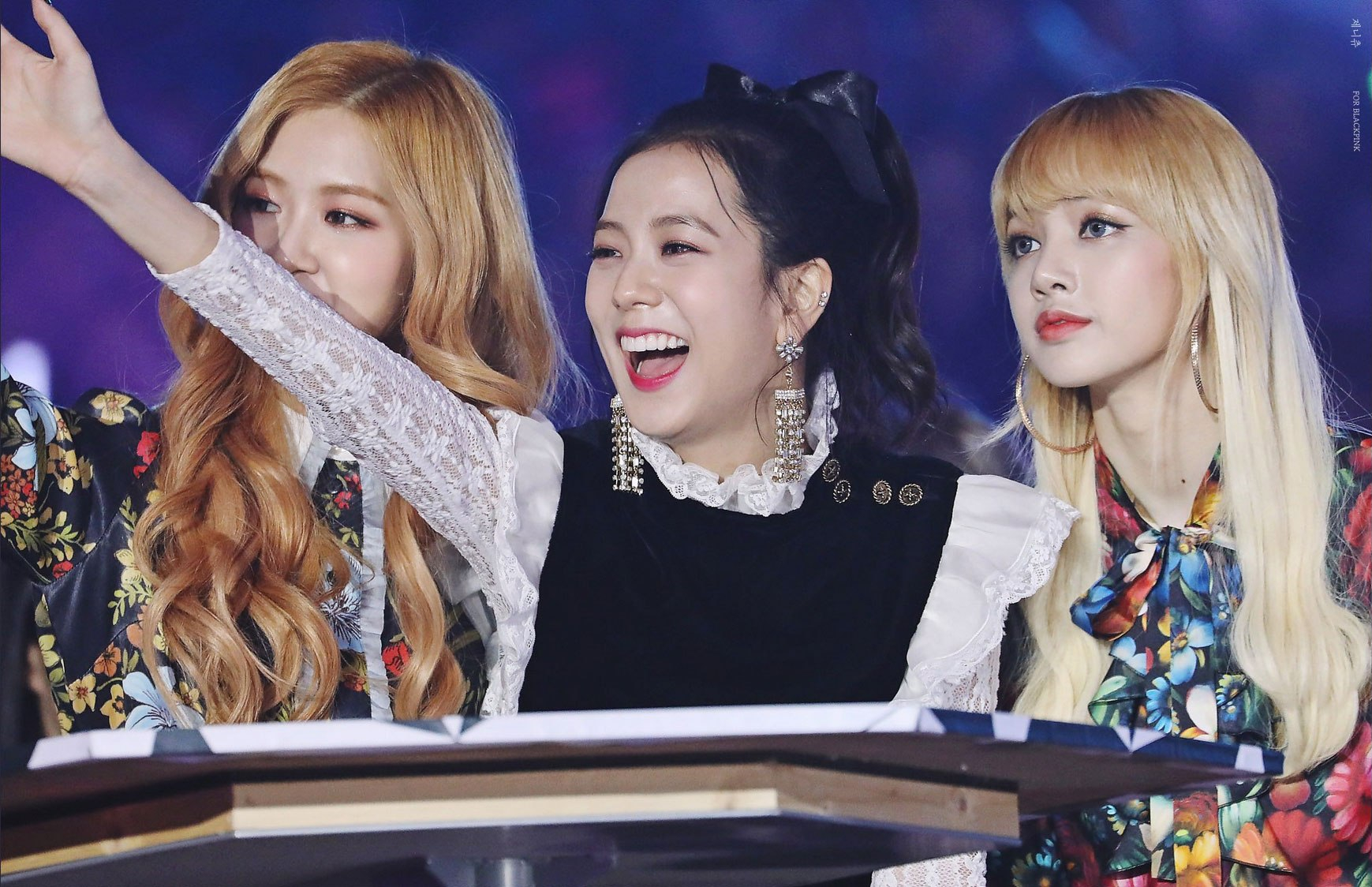 Blackpink-Jisoo-Rose-Lisa-SBS-Gayo-Daejun-2016-2