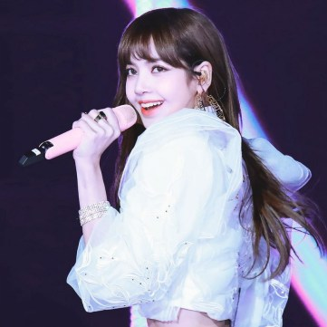 Blackpink Lisa at SBS Gayo Daejun 2017