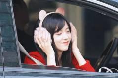 Blackpink-Jisoo-car-photos-inkigayo-17