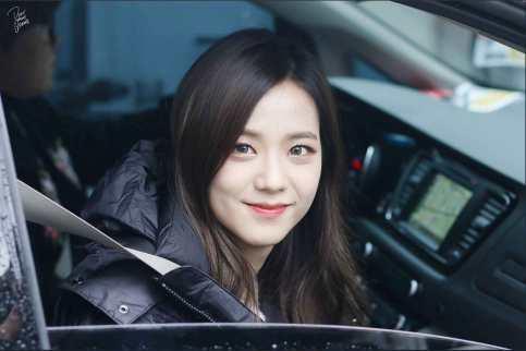 Blackpink Jisoo Car Photos Leaving Inkigayo 5 February 2017