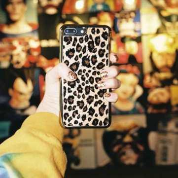 Blackpink-Jisoo-nail-leopard
