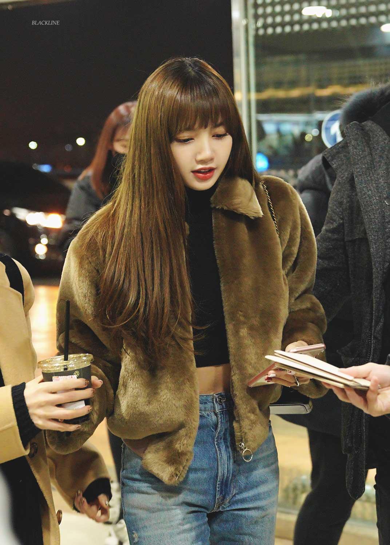Blackpink Lisa Airport Fashion GMP