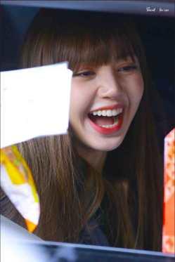 Blackpink-Lisa-Inkigayo-2018-2