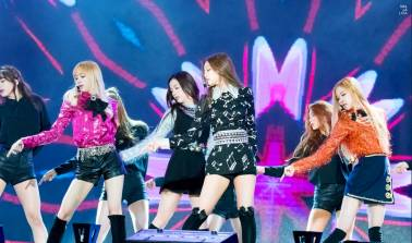 Blackpink-Performed-Golden-Disc-Awards