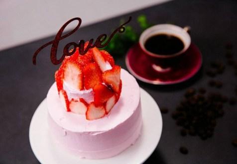 Blackpink Rose cake