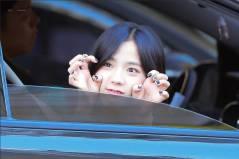 Blackpink-Jisoo-Car-Photos-Inkigayo-2