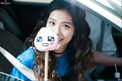 Blackpink-Jisoo-Car-Photos-Inkigayo-3