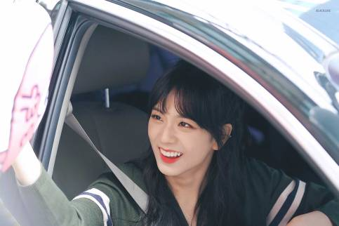 Blackpink-Jisoo-Car-Photos-Inkigayo-7-January-2018-11