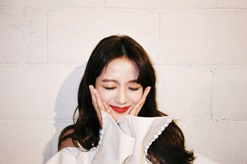 Blackpink Jisoo Ceci Korea magazine Behind The Scenes