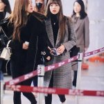Blackpink Rose Lisa Winter Airport Style Jeju Island 2018