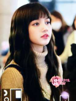 Blackpink-Lisa-Airport-Fashion-27-March-to-Japan-13