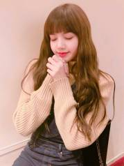 Blackpink-Lisa-Birthday-Instagram-post-2018-Brightest-Star-Lisa-Day