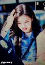 Blackpink-Rose-Airport-Fashion-Jeju-Island-25-march-2
