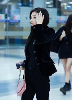 Blackpink Jennie Airport Fashion 27 March 2018