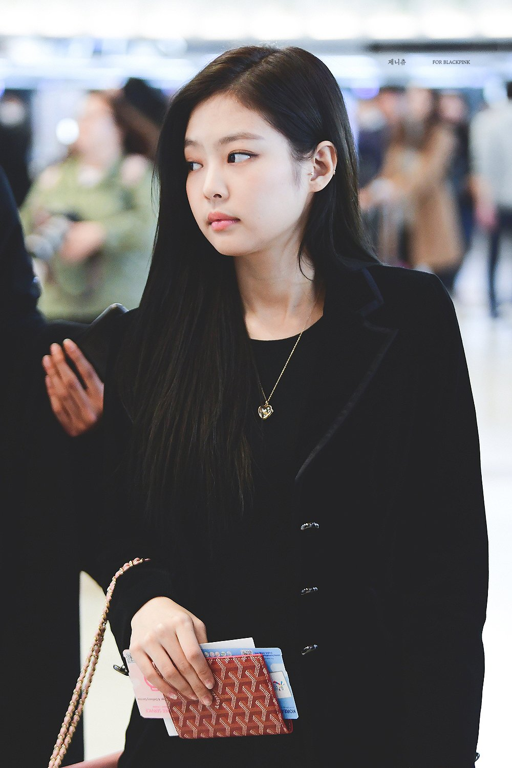Blackpink Jennie Airport Fashion 27 March 2018