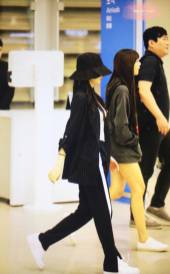 Blackpink-Jennie-Airport-Fashion-Incheon-5-april-2018-from-Thailand-11
