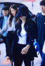 Blackpink-Jennie-Airport-Fashion-Incheon-5-april-2018-from-Thailand-5