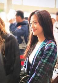 Blackpink-Jisoo-Airport-Fashion-20-April-2018-photo-21