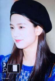 Blackpink-Jisoo-Airport-Fashion-22-April-2018-photo-2