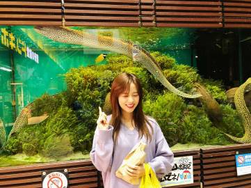 Blackpink-Jisoo-Instagram-Photo-2018-Big-Aquarium-5
