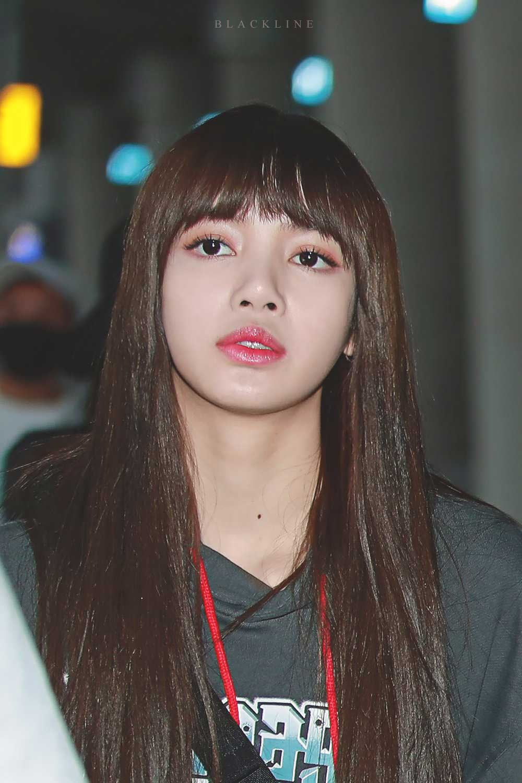 Blackpink Lisa Airport Fashion 5 April 2018 Incheon
