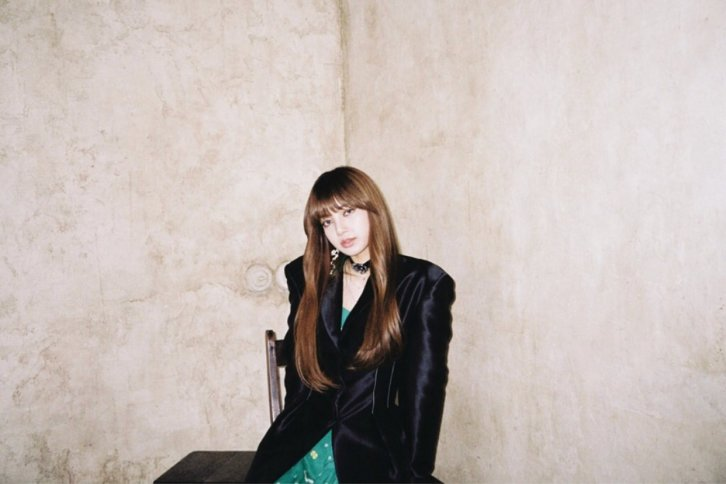 Blackpink Lisa Instagram photo repackage album