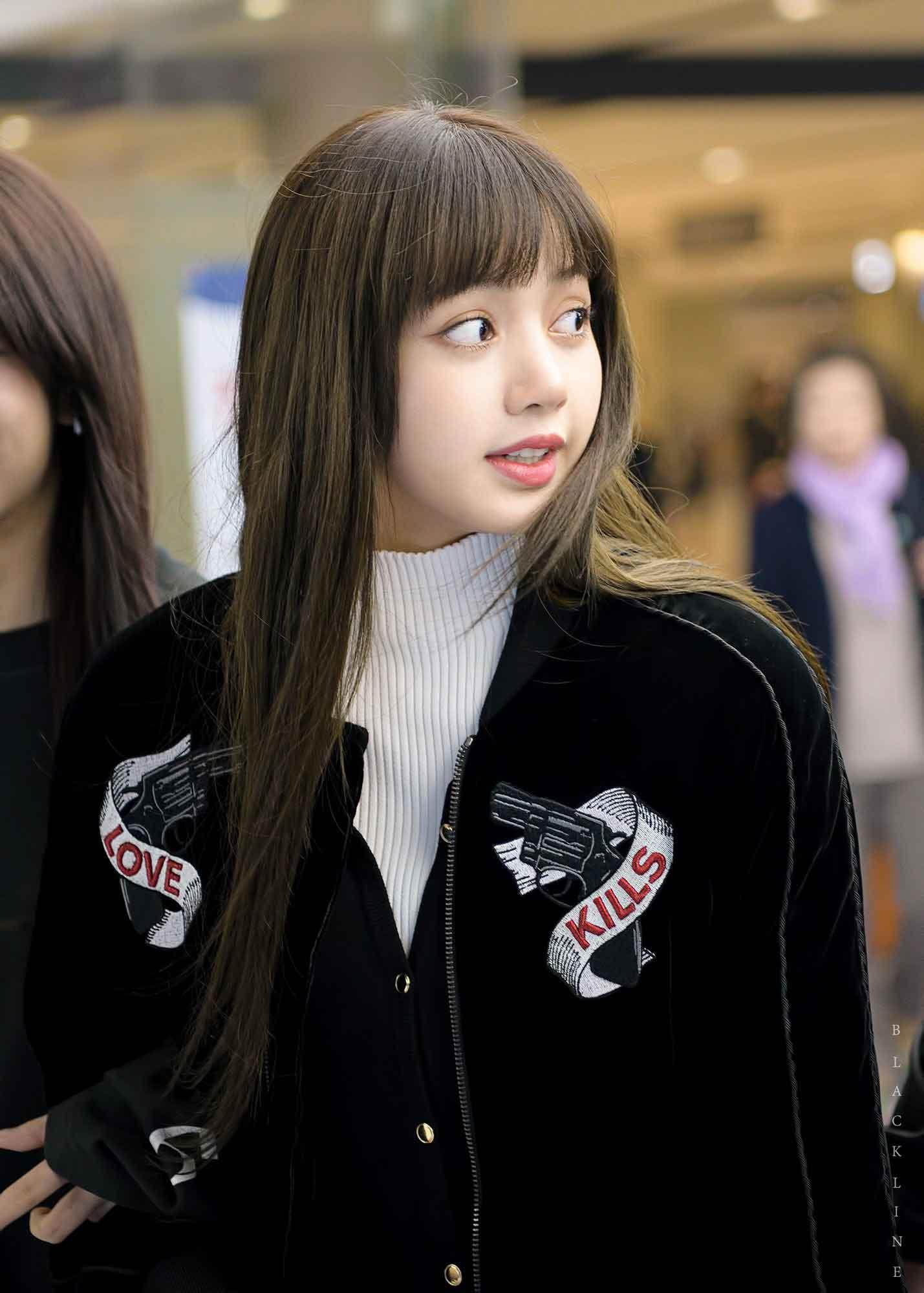 Blackpink Lisa Airport Fashion 26 March 2018