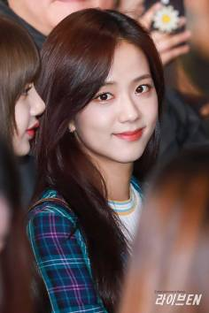 Blackpink Jisoo Airport Fashion 20 April 2018