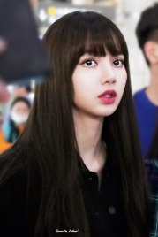 Blackpink-Lisa-Airport-Fashion-20-April-2018-HQ-18
