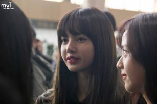 Blackpink-Lisa-Airport-Fashion-20-April-2018-HQ