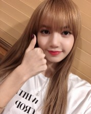 BLACKPINK Lisa Selfie SBS Boom Boom Power FM