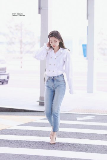 Blackpink Jennie Incheon Airport France paris 2