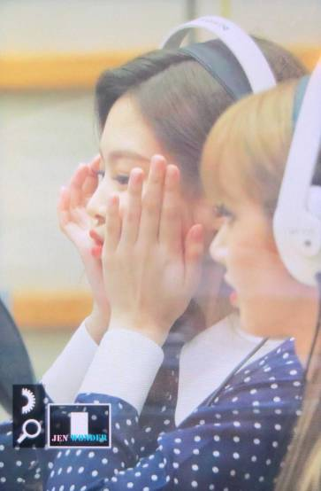 BLACKPINK-Jennie-KBS-Cool-FM-Volume-Up-Photo-63