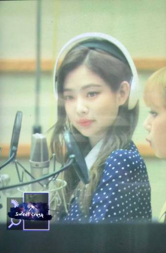 BLACKPINK-Jennie-KBS-Cool-FM-Volume-Up-Photo-79