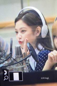 BLACKPINK-Jennie-KBS-Cool-FM-Volume-Up-Photo-8