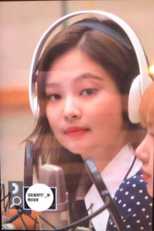 BLACKPINK-Jennie-KBS-Cool-FM-Volume-Up-Photo-91