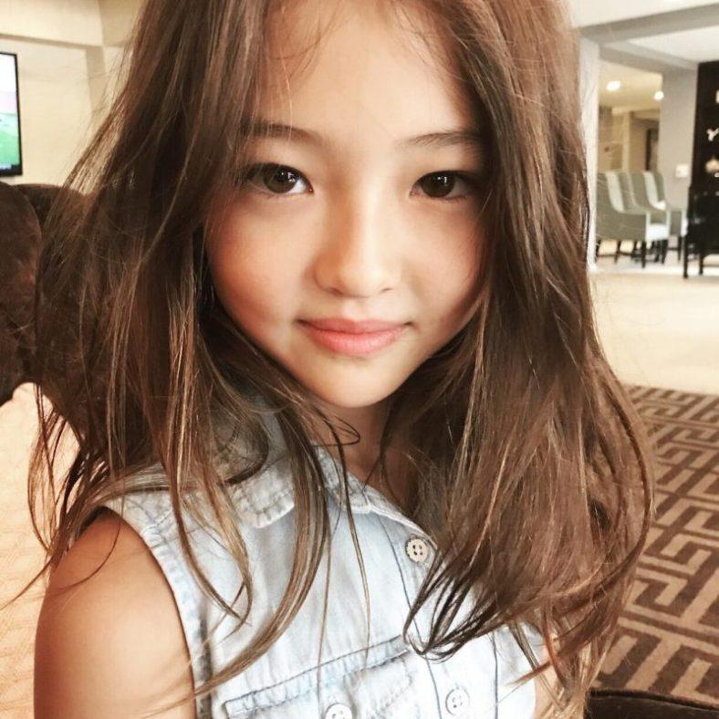 BLACKPINK Jennie Shares New Photo with Child Model, Ella