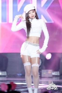BLACKPINK Jennie MBC Music Core white outfit 30 June 2018 photo
