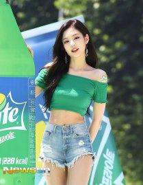 BLACKPINK-Jennie-Sprite-Waterbomb-Festival-Seoul-69