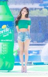 BLACKPINK-Jennie-Sprite-Waterbomb-Festival-Seoul-72