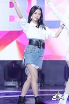 BLACKPINK Jisoo MBC Music Core white outfit 30 June 2018 photo