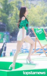 BLACKPINK-Jisoo-Sprite-Waterbomb-Festival-Seoul-19